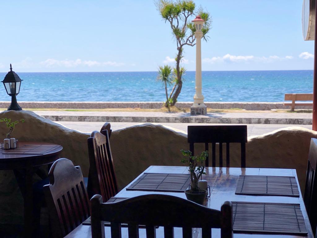 ドゥマゲテ・カサブランカ レストラン