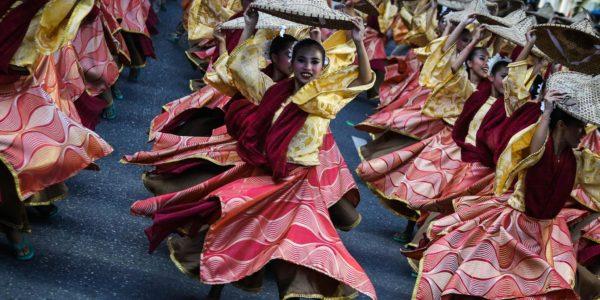 ドゥマゲッティ・ブグラサン祭り