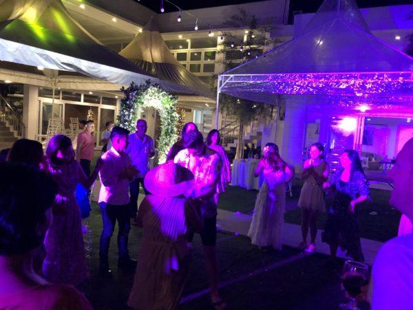 フィリピンの結婚式でのダンス