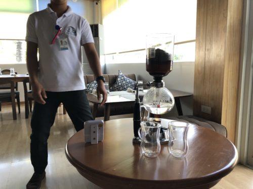 リゾートで、サイフォンコーヒーが飲める