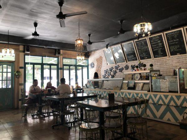 ドゥマゲッティ(ドゥマゲテ)の人気カフェ