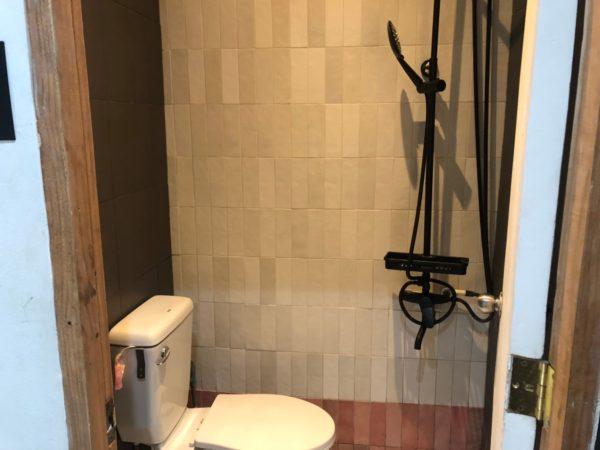 フィリピンのホステルのトイレも綺麗になってきた