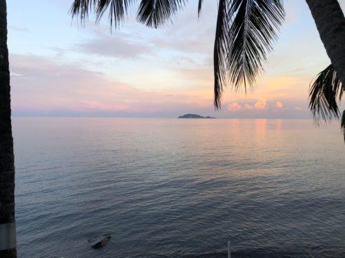 アポ島が目の前にあるビーチリゾート