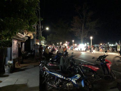 ドゥマゲッティのリザル通り 夜の風景2