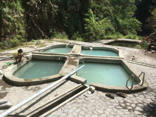 ドゥマゲッティ・ダーウィンの温泉