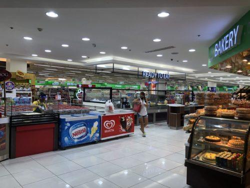 ロビンソンプレイスの食料品売り場