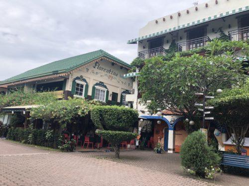 ドゥマゲテのレストラン「ギャビーズ」併設のフロレンティーナホテル