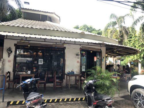 ドゥマゲテのレストラン「ギャビーズ」のダロ支店