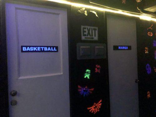 個室ゲームAKの内装2