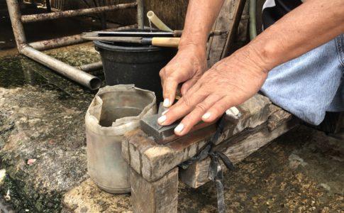 ドゥマゲッティの包丁研ぎ
