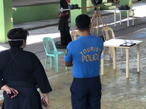 警察のボスらしき人
